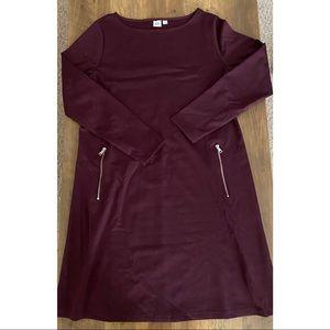 GAP // Long Sleeve Dress